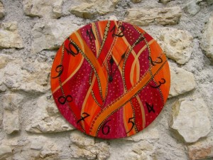 HAND_PAINTED_WALL_CLOCKS