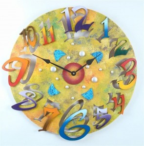 Unique-Creative-And-Attractive-Round-Wall-Clock-Design-In-Yellow-Color-590x598